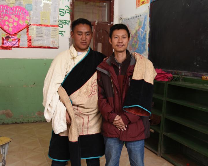 绍藏情深 援藏教师用相机带回天路风光